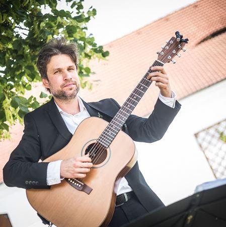 Picture of Adam Pavlicek